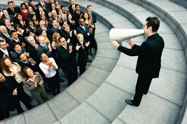 団結力を高めるカギは「今」から目を背けること!?<br>社内コミュニケーションの事例紹介