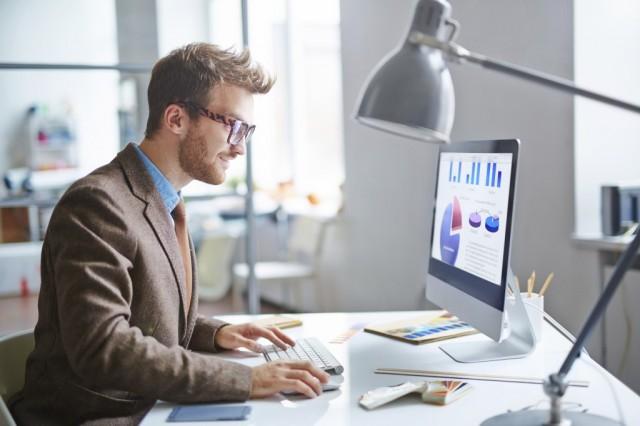 B2B営業における統計活用のススメ:<br>何を売るかを考える第3のアプローチ