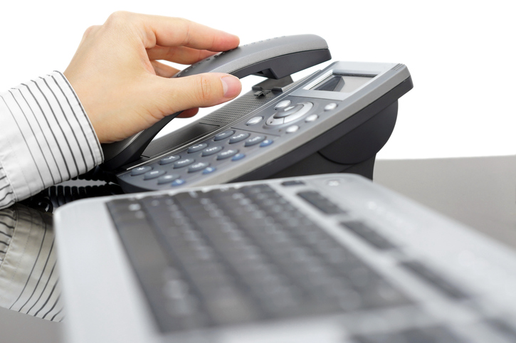 AIが営業の指南役になる?広がる電話セールスとAI活用の未来