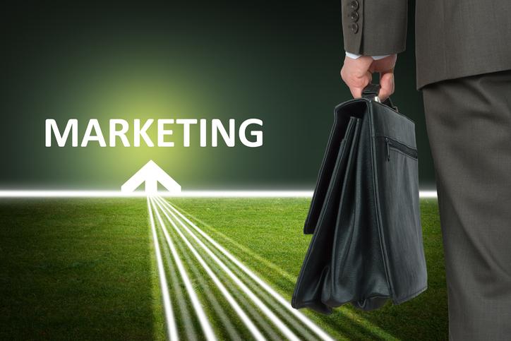 営業情報をマーケティングに有効活用するポイントとは?